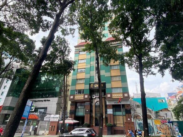 Tòa nhà căn góc 2 mặt tiền đường và hẻm 70 Phạm Ngọc Thạch, Phường 6, Quận 3